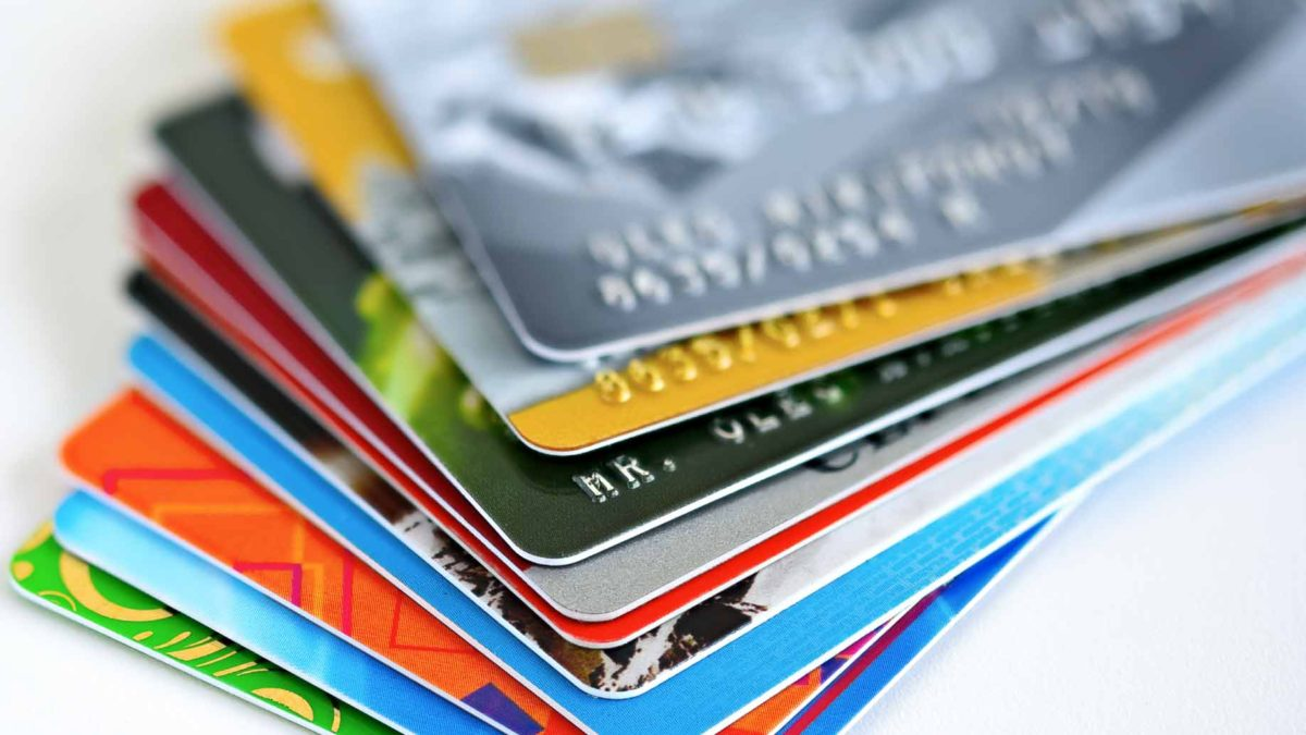 Choosing the Right Credit Card - ApplyNowCredit.com